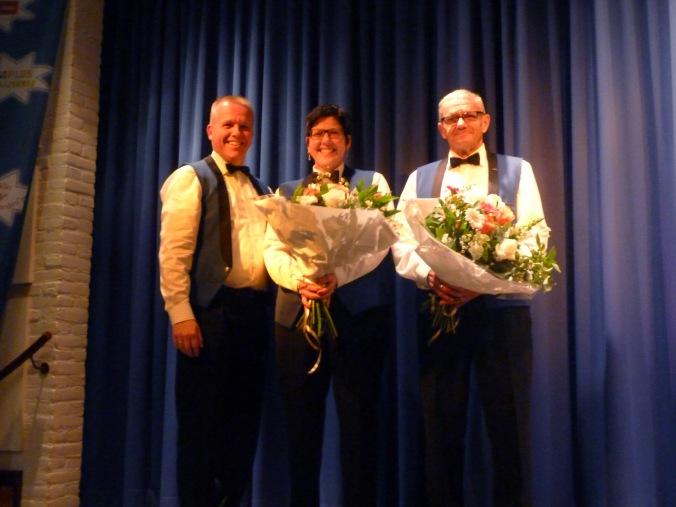 Jubilarissen Hennie Eissens en Herman van Iperen
