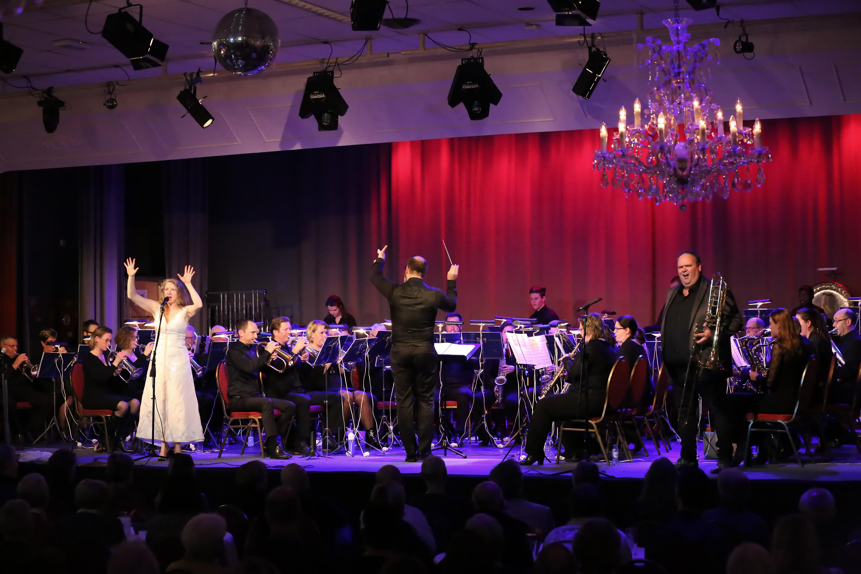 Brel & Brass Fanfare Ad Astra Asperen, krant
